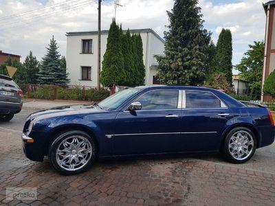 używany Chrysler 300C LPG stan bdb