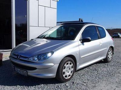used Peugeot 206 I 1.1 60KM 2004r. 107tys. km. Szyberdach, nowy rozrząd, serwisowany