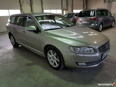 używany Volvo V70 2.4dm 215KM 2015r. 133 595km