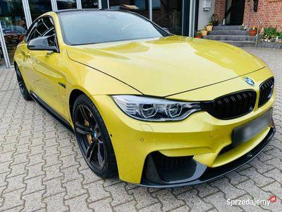 używany BMW M4 Performance KarbonBremsen Akrapovic