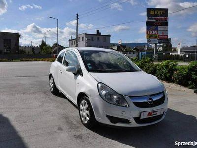 używany Opel Corsa 1.3dm 75KM 2008r. 175 609km