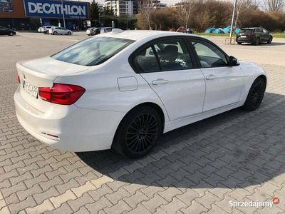 używany BMW 318 d LIFT f30 mpakiet lev navi pdc czujniki idealna