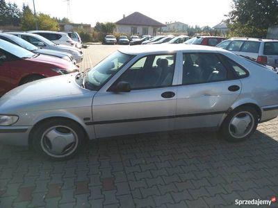 używany Saab 900 2.0 benzyna