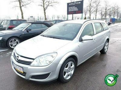 używany Opel Astra 1.6dm 115KM 2011r. 141 000km