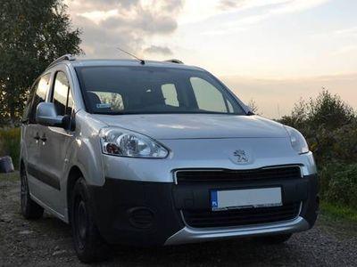 używany Peugeot Partner Tepee 2012 siedmioosobowy