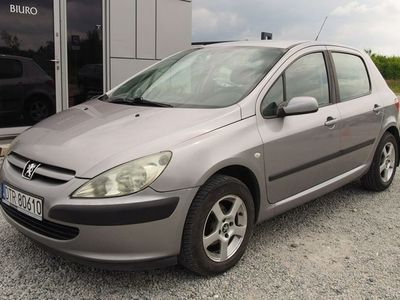 używany Peugeot 207 307 2dm 90KM 2004r.000km