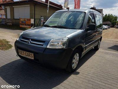 używany Citroën Berlingo 1.6dm 75KM 2009r. 212 600km
