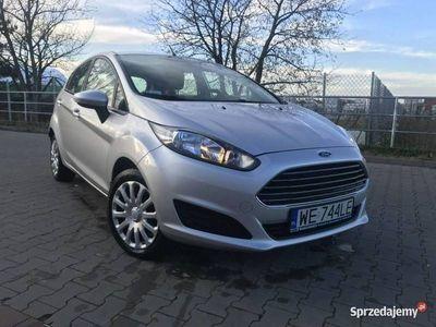 używany Ford Fiesta 1.5dm 95KM 2015r. 153 000km