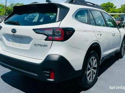 używany Subaru Outback 2.5dm 175KM 2020r. 163 543km