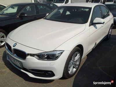 używany BMW 318 2dm 150KM 2018r. 31 859km