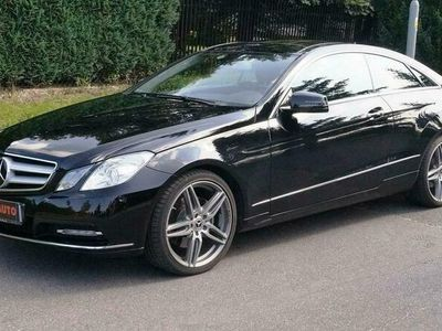 używany Mercedes E350 3.5dm 306KM 2013r. 18 343km
