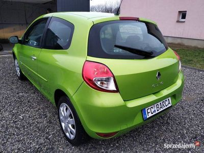 używany Renault Clio **LIFT**1.2 75-km **79000 przebiegu