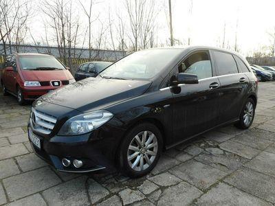 używany Mercedes B200 1.8dm 136KM 2012r. 95 000km