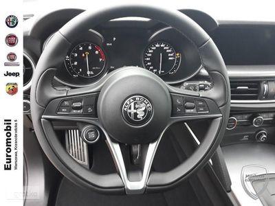 używany Alfa Romeo Stelvio rabat: 29% (68 550 zł) Noc Cudów