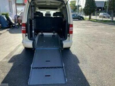 używany VW Caddy Maxi Caddy IIIprzewozu osób niepełnosprawnych rampa inwalida 2015