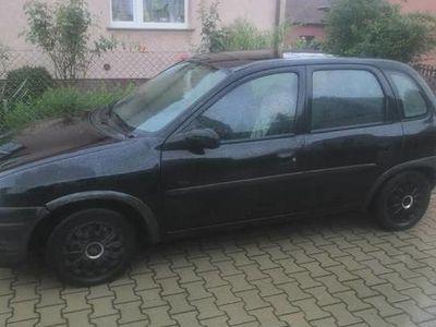 używany Opel Corsa 1.0 sprawny, szyberdach