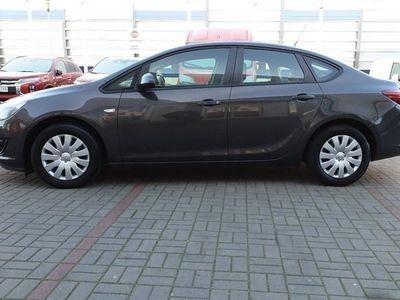 używany Opel Astra Active Pierwszy właściciel, Pełna historia ASO