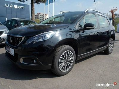 używany Peugeot 2008 1.2dm3 130KM 2018r. 12 886km ASO.pl,gwarancja.fab.-f.vat23%,-130KM
