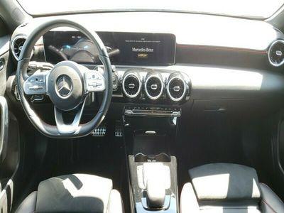 używany Mercedes A200