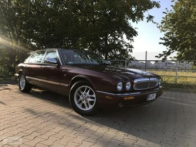 używany Jaguar XJ8 XJ VI1997ROK 4.0L V8 290KM