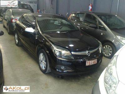 używany Opel Astra 1.9dm 120KM 2008r. 53 000km