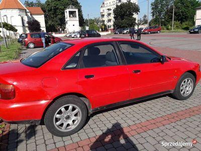 używany Audi A4 b5 1.6 lpg