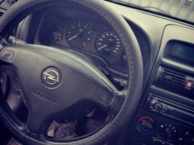 używany Opel Astra 2