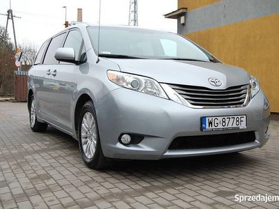 używany Toyota Sienna 3,5l 2013