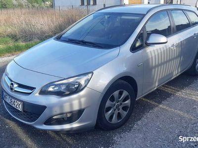 używany Opel Astra 1,7CDTi Sport Tourer navi salon PL