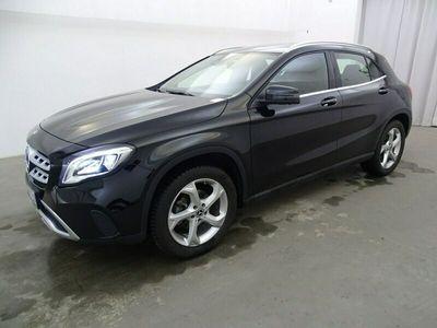 używany Mercedes GLA180 1.6dm 122KM 2019r. 25 425km