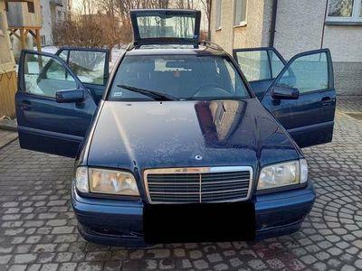 używany Mercedes C180 W202