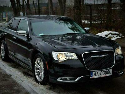 używany Chrysler 300C 3.6dm 305KM 2015r. 159 300km