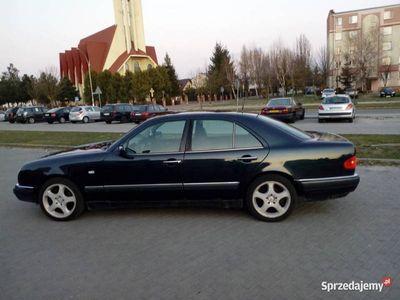 używany Mercedes E250 150 KM