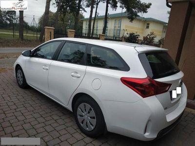 używany Toyota Auris 1.4dm3 90KM 2014r. 180 000km 1.4 D4D 90KM 6 biegów, Oryginał lakier rok 2014/15