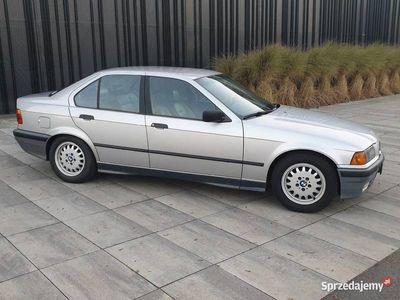używany BMW 325 E36 i 2 właściciel bdb stan
