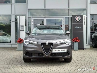 używany Alfa Romeo Stelvio TI 2.0 280KM Skóra Pieno Fiore, Nawigacja