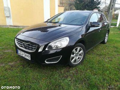 używany Volvo V60 2,0 163km D3,Euro5, wersja KINET 1.9 2,0 163km D3,Euro5, wersja KINETIC,