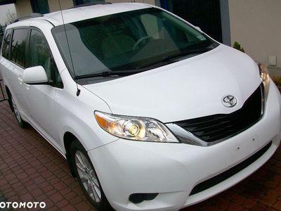 używany Toyota Sienna