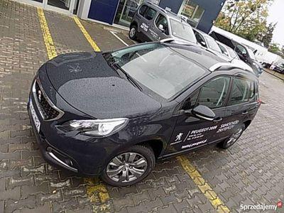 używany Peugeot 2008 1.2dm 82KM 2019r. 2 900km