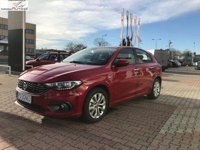 używany Fiat Tipo 1.4dm3 95KM 2018r. 5 135km Hatchback LOUNGE 1.4 16v 95KM
