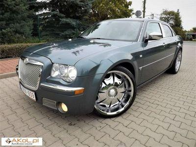 używany Chrysler 300C 2.7dm 193KM 2005r. 237 000km