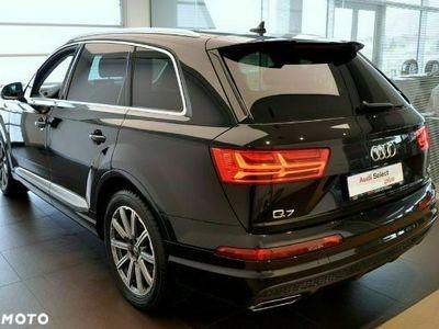 używany Audi Q7 3dm 286KM 2018r. 44 510km