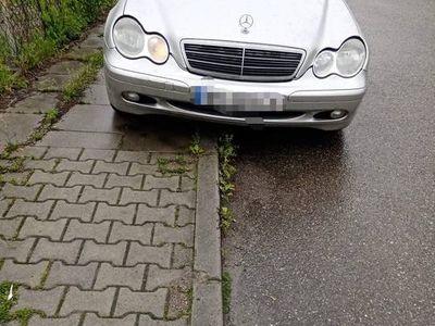 używany Mercedes C180 2.0 benzyna gaz sekfencja 136km 2001r