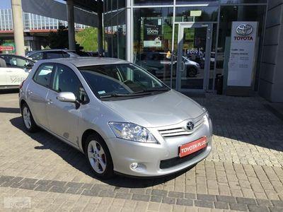 używany Toyota Auris I 1.6 Terra zarejestrowany w kraju, dodatkowy komplet kół, VAT-marża