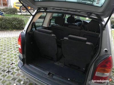 używany Opel Zafira 1.8