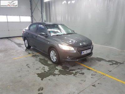 używany Peugeot 301 301 1.2dm3 82KM 2016r. 54 953km 12-17,1.2 Pure Tech Active