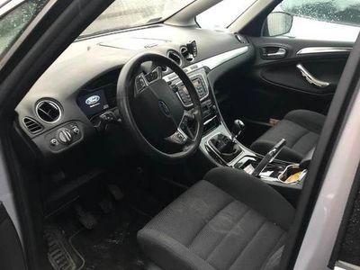 używany Ford S-MAX 2.0 uszkodzony silnik