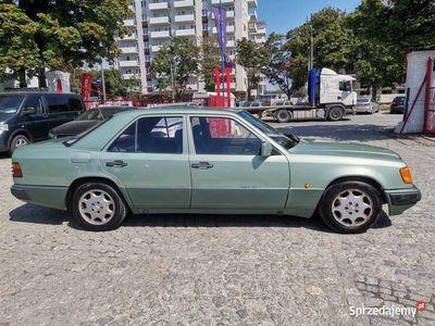 używany Mercedes E250