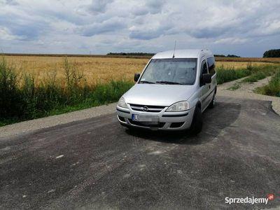 używany Opel Combo TOUR 1.7DTI ISUZU