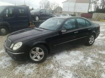 używany Mercedes E320 Avantgarde Skory Alu Pdc 225 PS Zarejestrowany W211 (2002-2009)